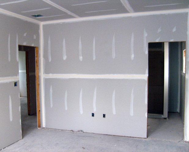 Внутренняя отделка дома из СИП панелей гипсокартоном - фото